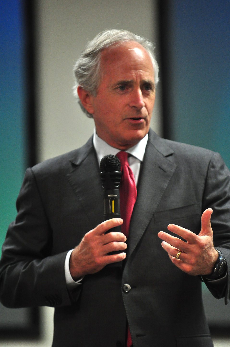 U.S. Senator Bob Corker Tennessee Valley Corridor Summit Oak Ridge