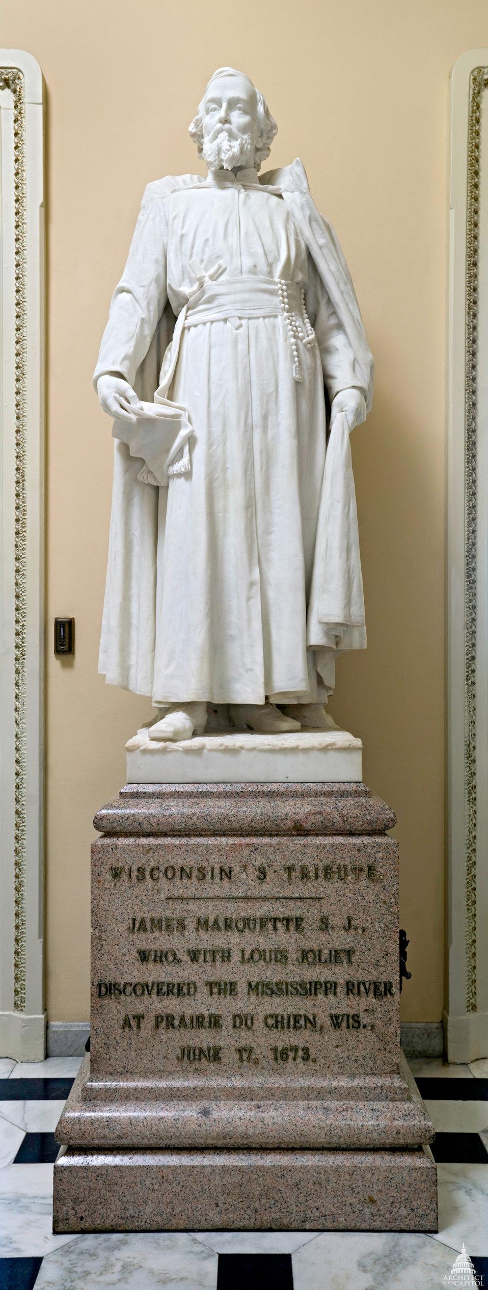 Jacques Marquette Statue