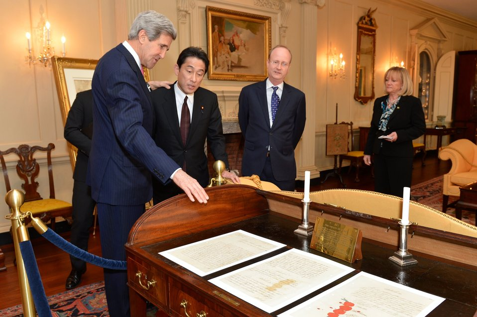 Secretary Kerry Shows Japanese Foreign Minister Kishida the Desk Where the 1783 Treaty of Paris was Signed