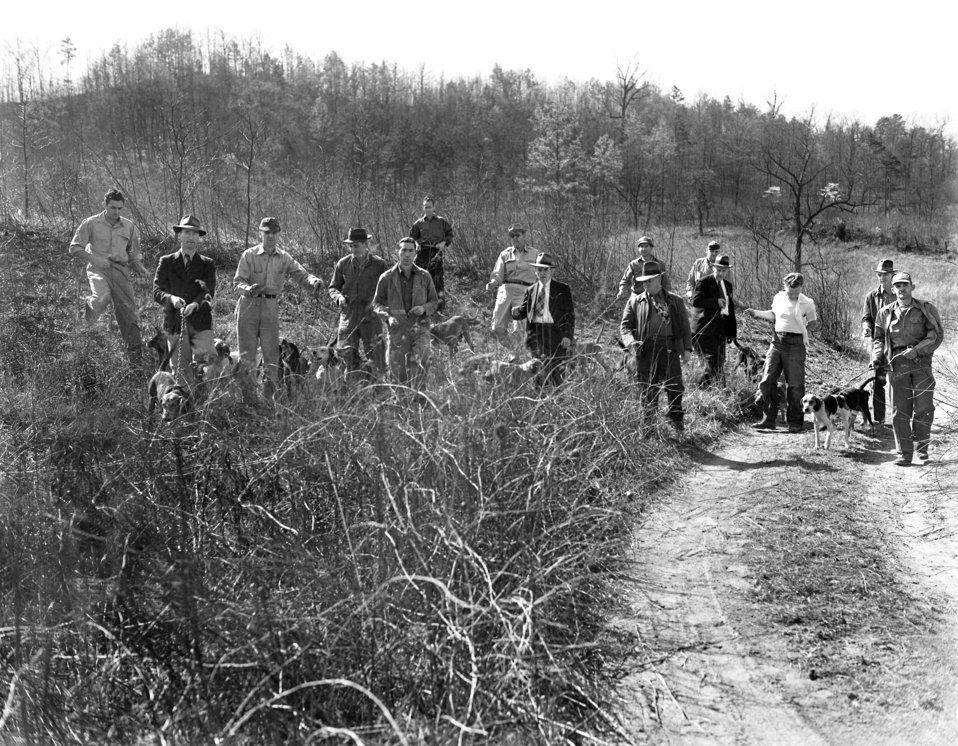 Coon Hunt (Raccoon Hunting) Oak Ridge 1947
