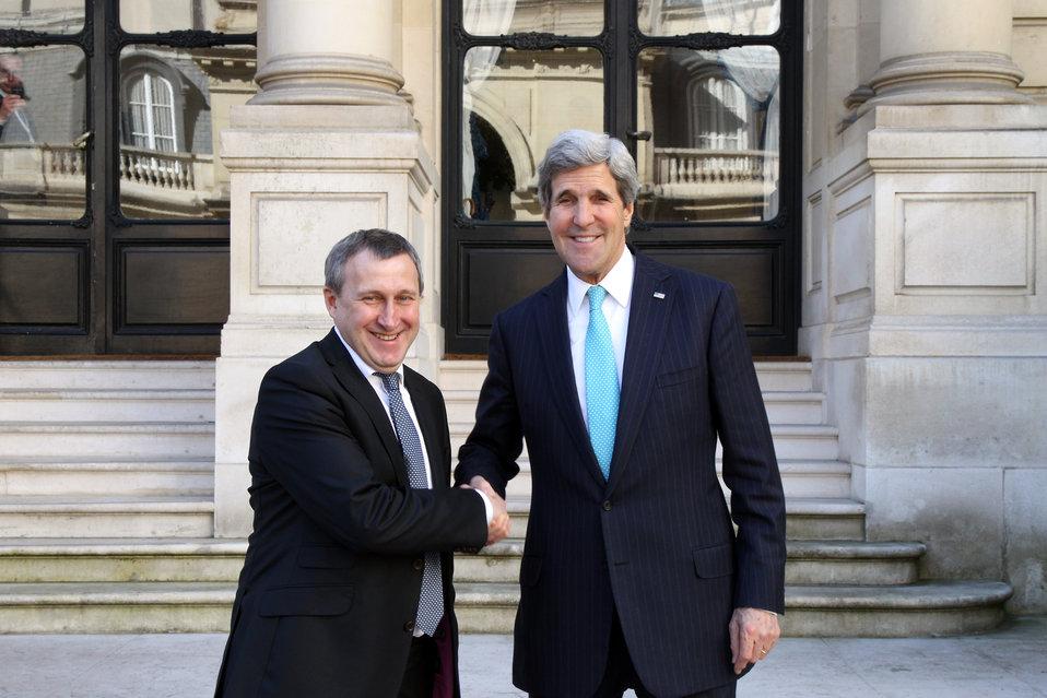 Secretary Kerry Meets With Ukrainian Foreign Minister Deshchytsia