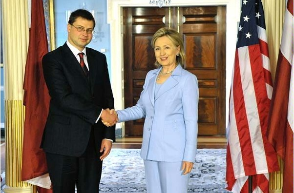 Secretary Clinton Shakes Hands With Latvian Prime Minister Valdis Dombrovskis
