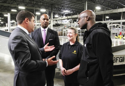 Deputy Secretary Wolin visits UPS consolidation hub on trip to Chicago