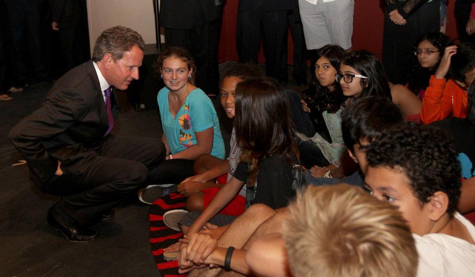 Secretary Geithner visits former elementary school