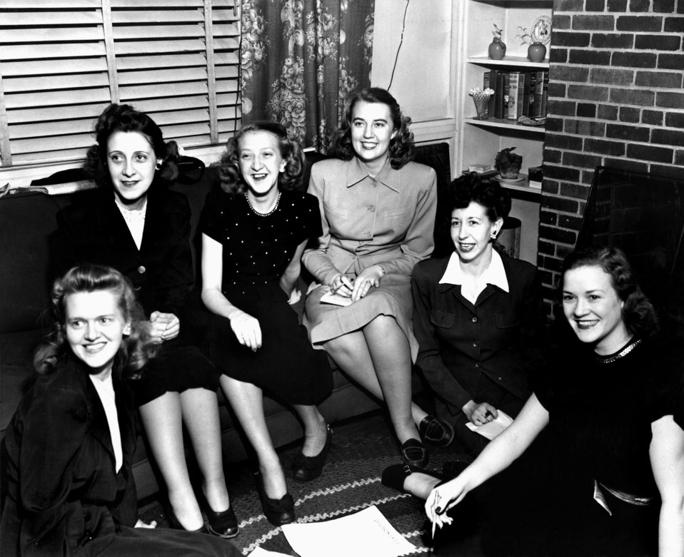 Beta Sigma Phi Planning Committe for Dance  Feb 13 Oak Ridge 1940s
