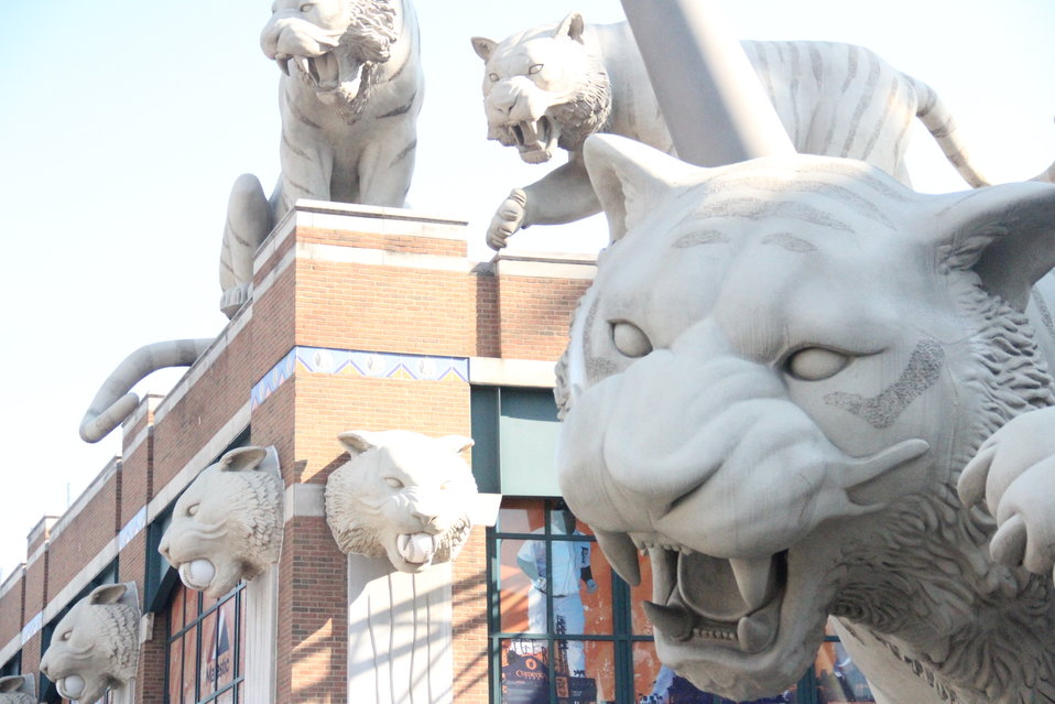 Statues at Detroit Tigers Stadium (2)