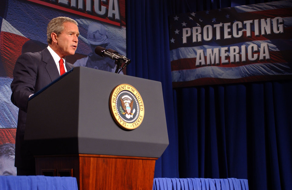 President George W. Bush visit to Oak Ridge National Lab.