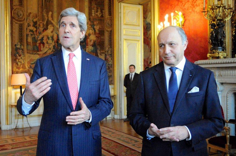 Secretary Kerry, French Foreign Minister Fabius Speak About Ukraine in Paris