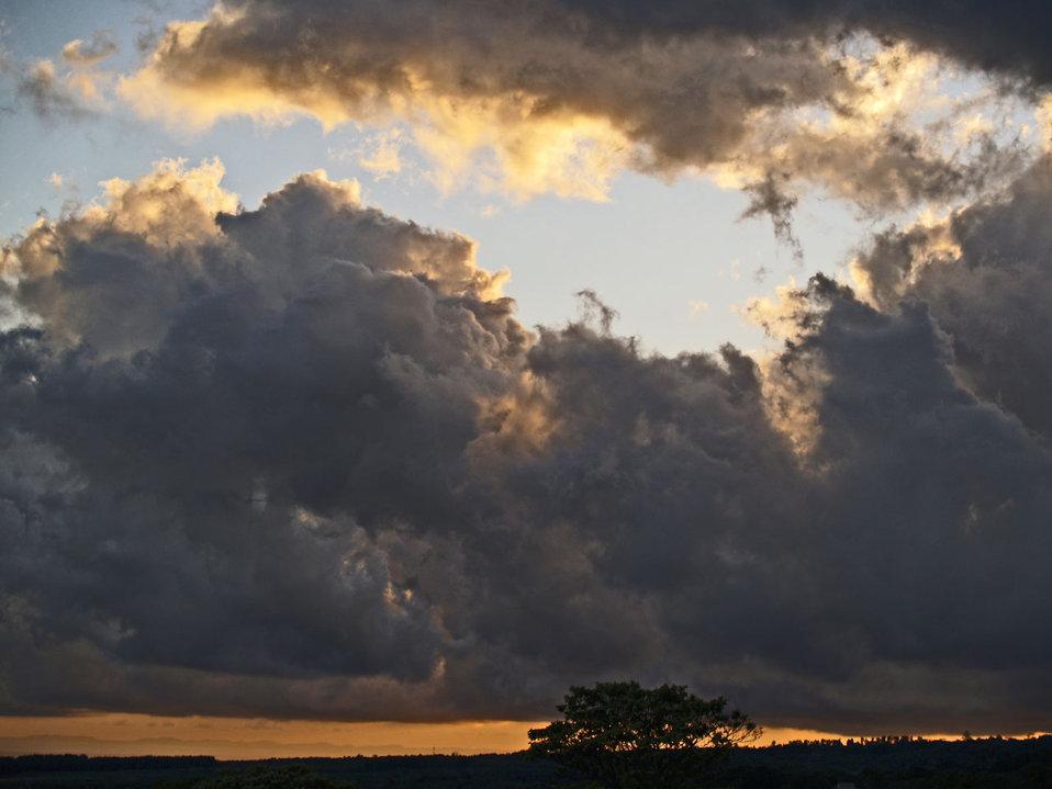 Sunset in boquete, panama