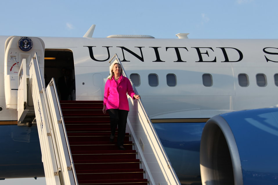 Secretary Clinton Arrives in Nay Pyi Taw