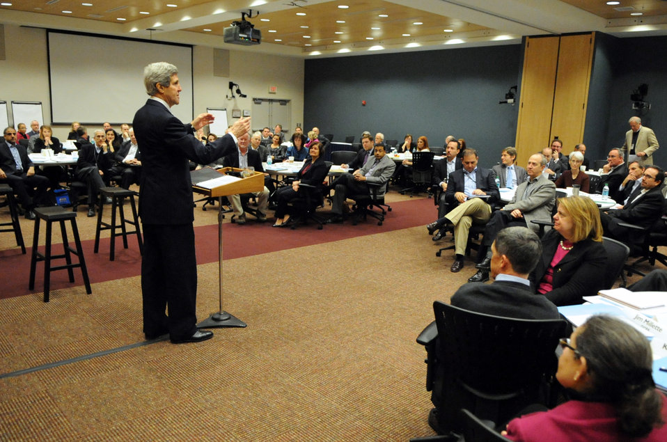 Secretary Kerry Addresses Senior Managers at Daylong Staff Retreat