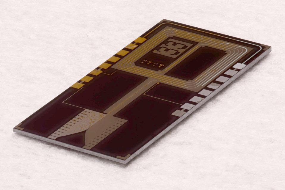 1-volt standard chip