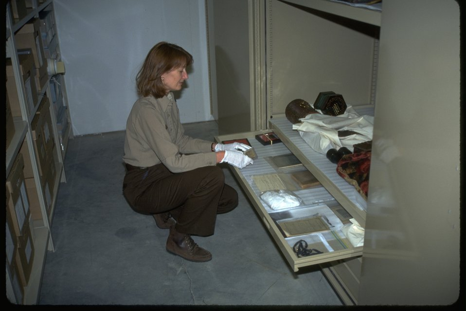 Artifact collection storage.