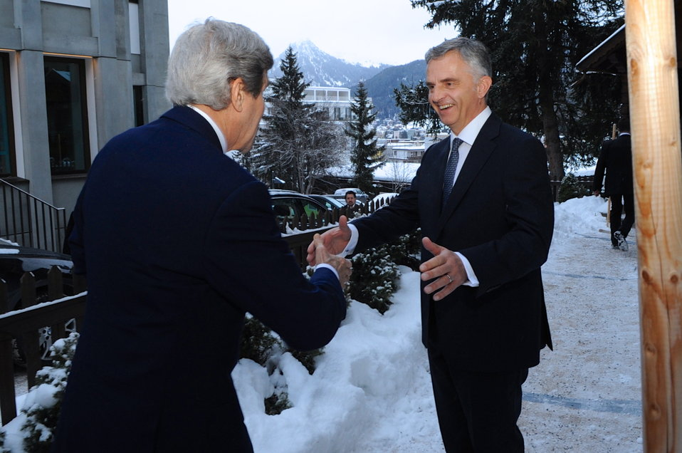 Swiss President Burkhalter Greets Secretary Kerry in Davos