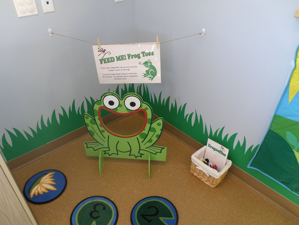 Discovery Room Frog Toss