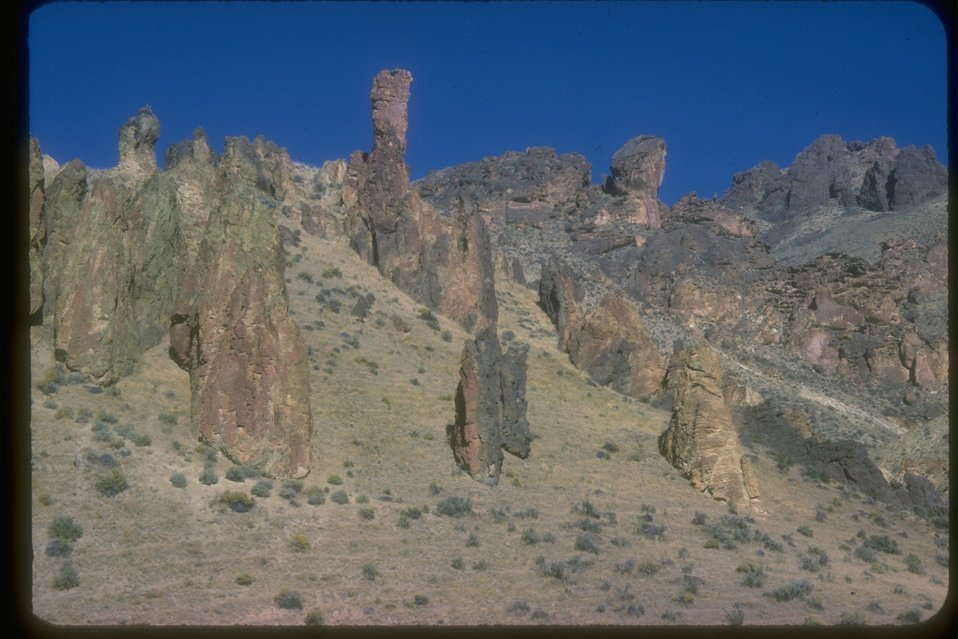 Leslie Gulch area and its large rock formations.