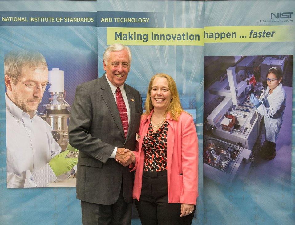Congressman Hoyer and NIST Scientist Lisa Fronczek