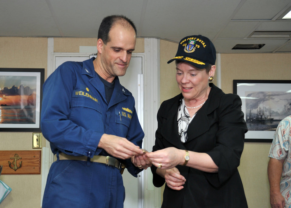 Under Secretary Gottemoeller Receives a Commemorative Ship's Coin From Capt. Weillenman