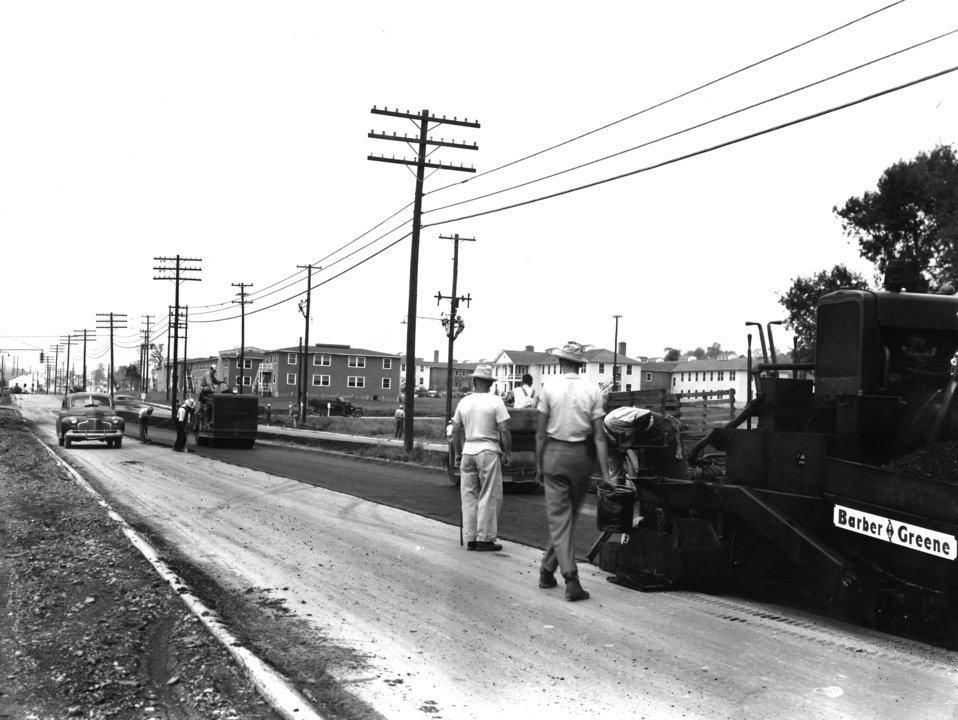 Street Paving on Oak RidgeTurnpike Looking West 1943