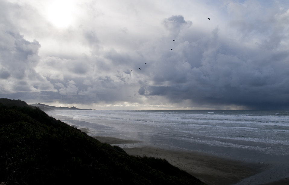 Storm approach, Oregon coastal refuges