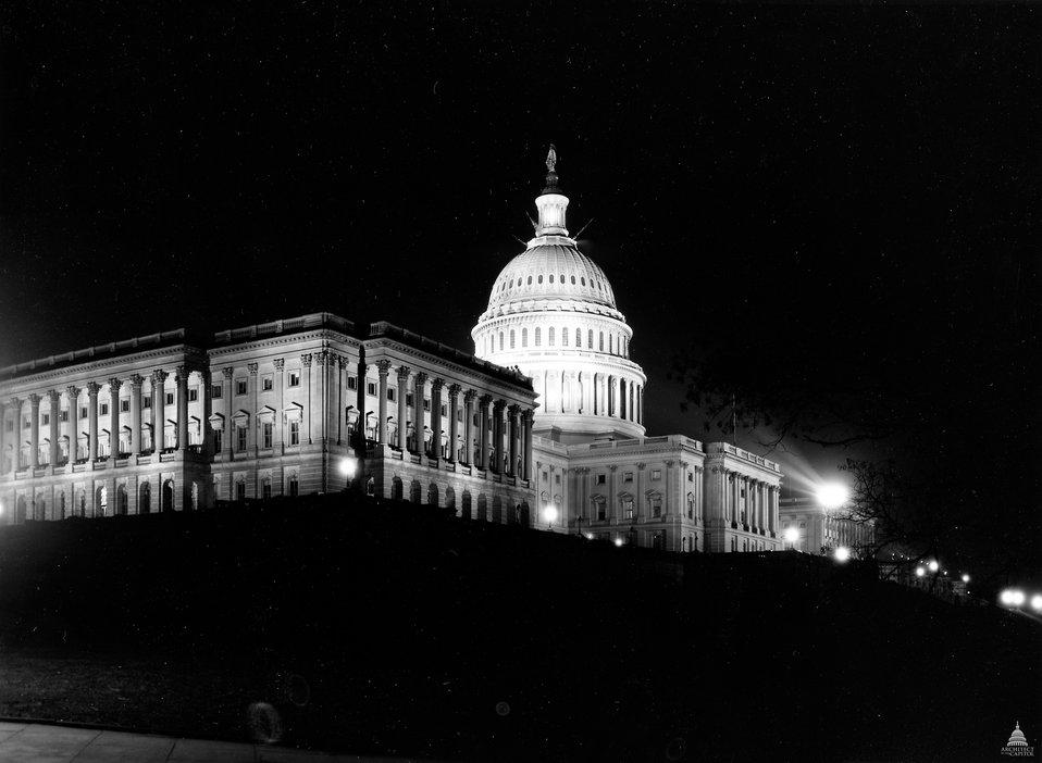 U.S. Capitol circa 1913