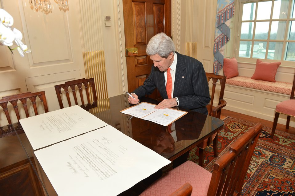 Secretary Kerry Signs Papers to Become a Member of the Advisory Council to the Board of Governors of the American National Red Cross
