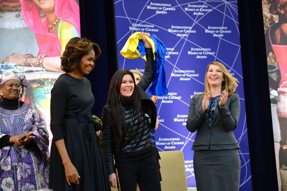 First Lady Michelle Obama and Deputy Secretary Higginbottom With 2014 IWOC Awardee Ruslana Lyzhychko of Ukraine