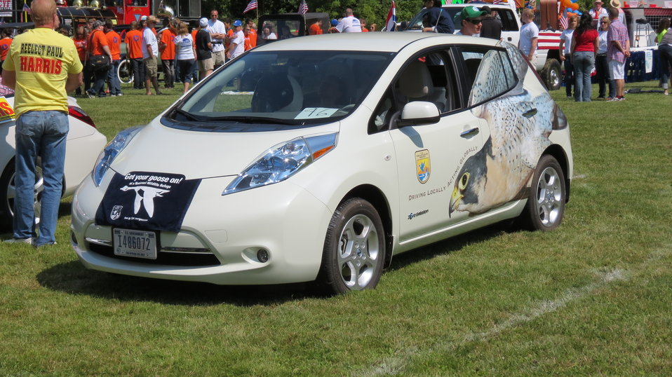GYGO! in an Eco-friendly USFWS Nissan Leaf