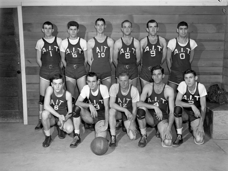 Basketball A.I.T. Oak Ridge 1947