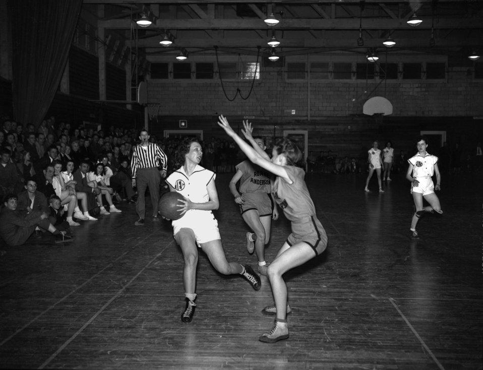 Girls Basketball RA and Eastman Oak Ridge