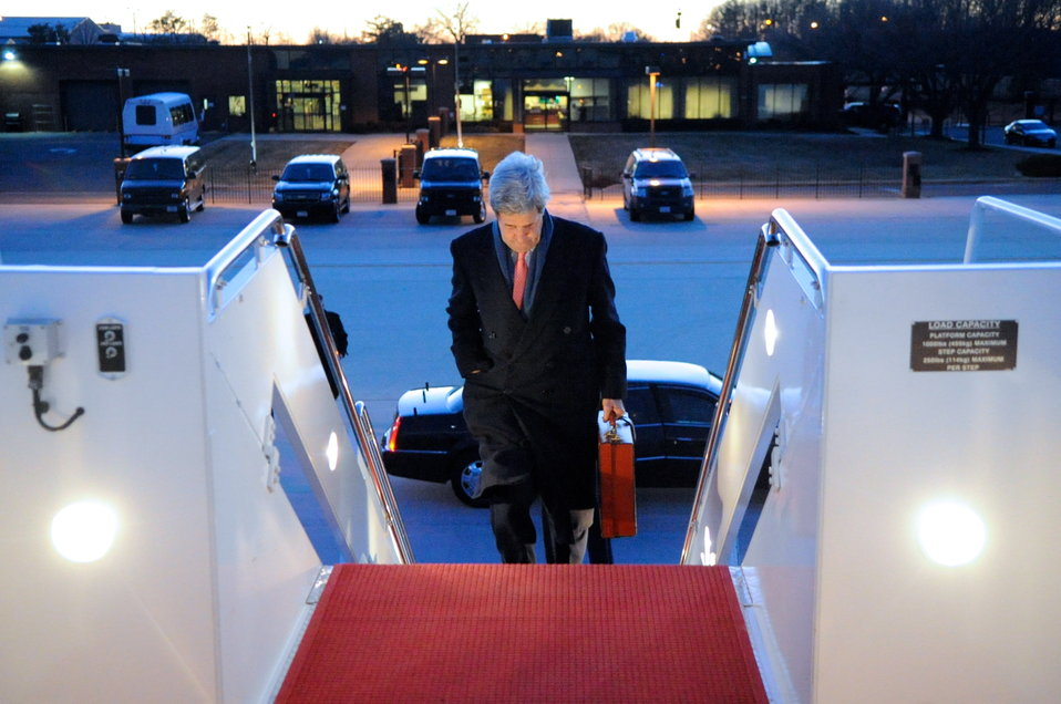 Secretary Kerry Departs for London Meeting With Russian Foreign Minister Lavrov