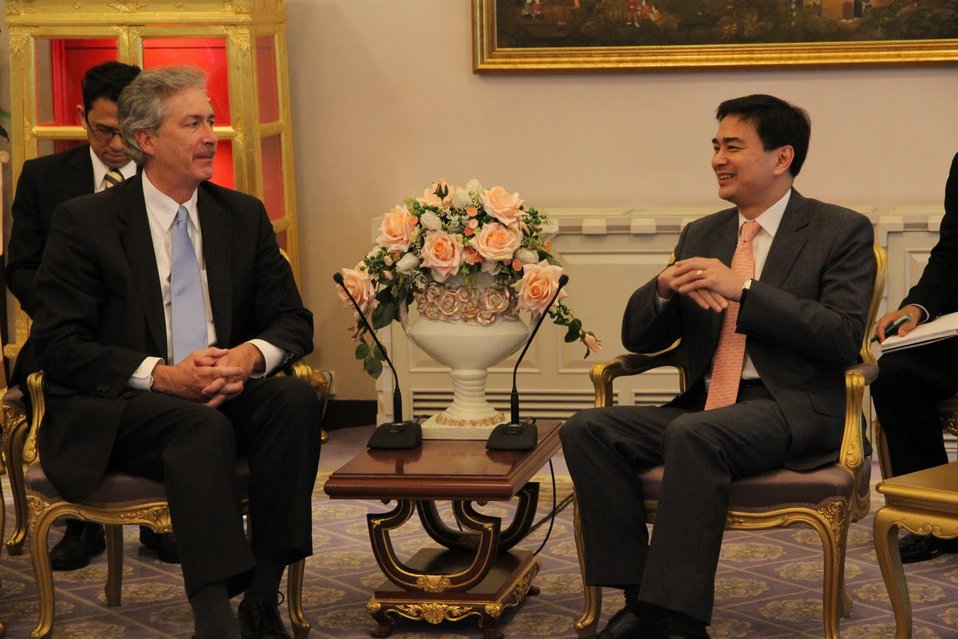 Under Secretary Burns and Thai Prime Minister Abhisit Vejjajiva Discuss U.S.-Thailand Relations