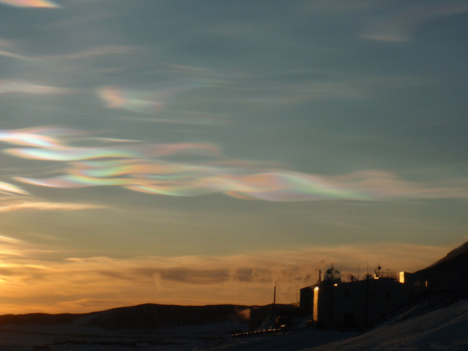 Nacreous clouds at mcmurdo