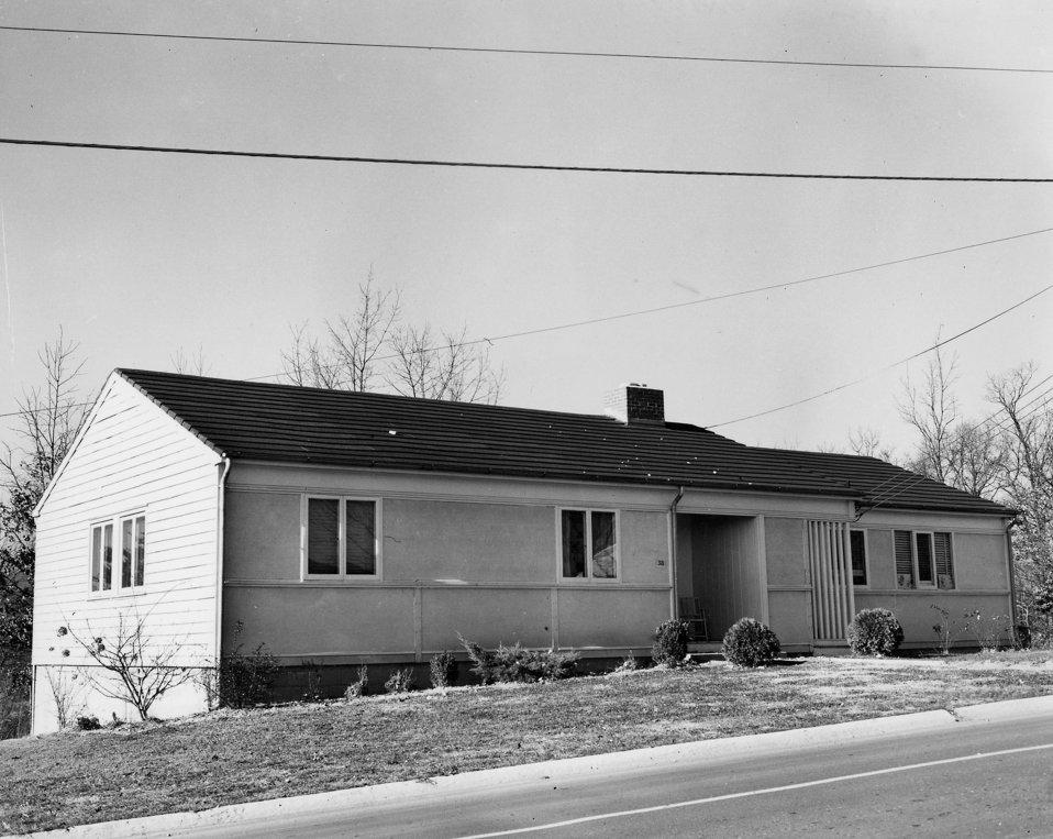 D House Oak Ridge