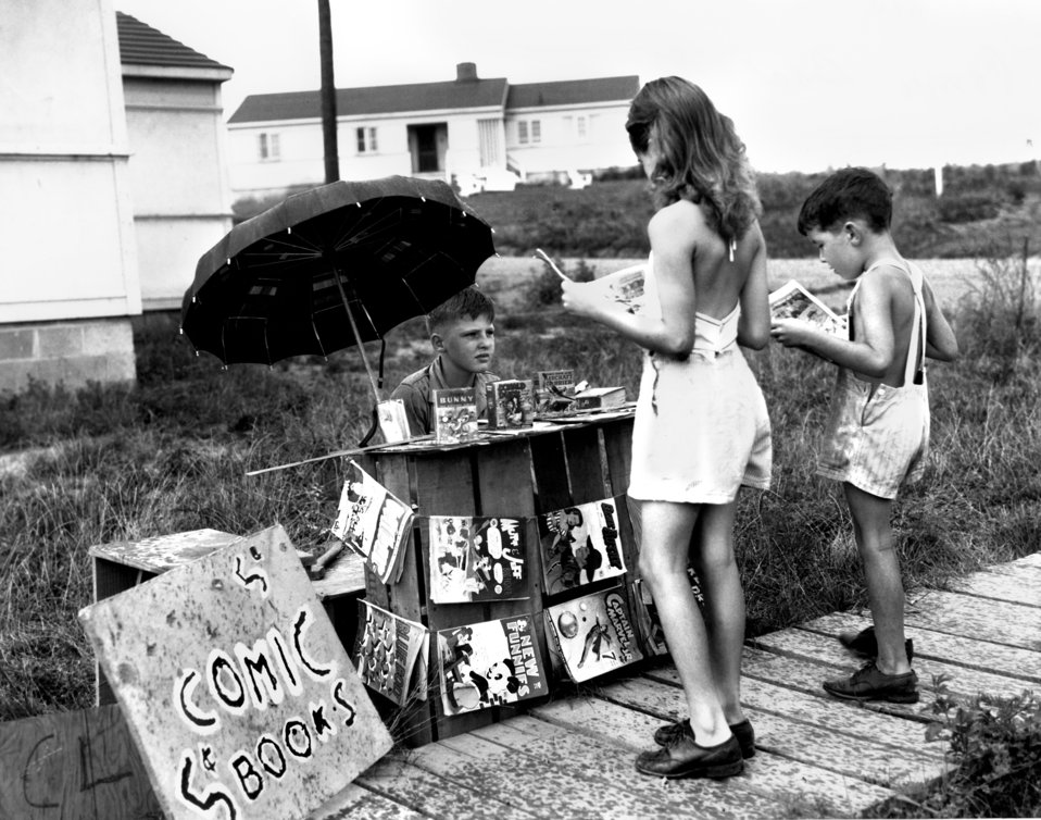 Comic Book Stand Oak Ridge 1945