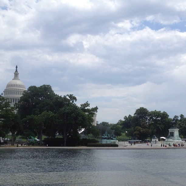Ready for 4th! Capitol Reflecting Pool refilled after AOC removes 10 tons of debris and installing duck ramps.