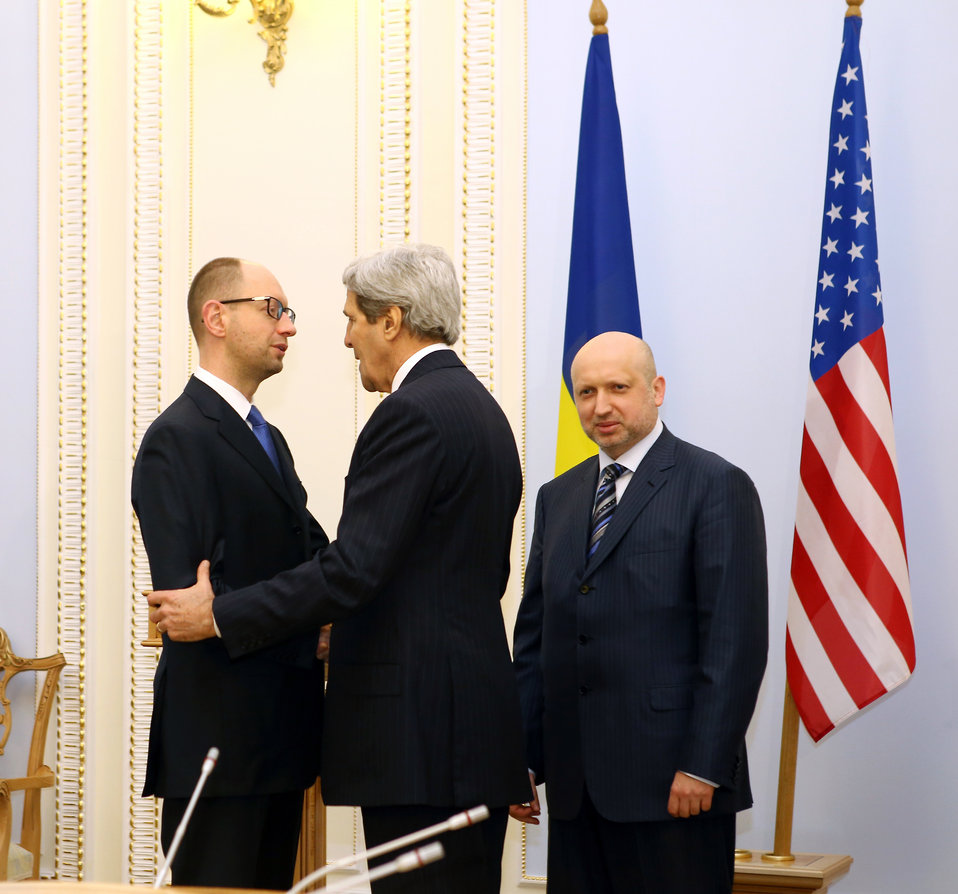 Secretary Kerry Meets With Ukraine's Interim President Turchynov and Prime Minister Yatsenyuk