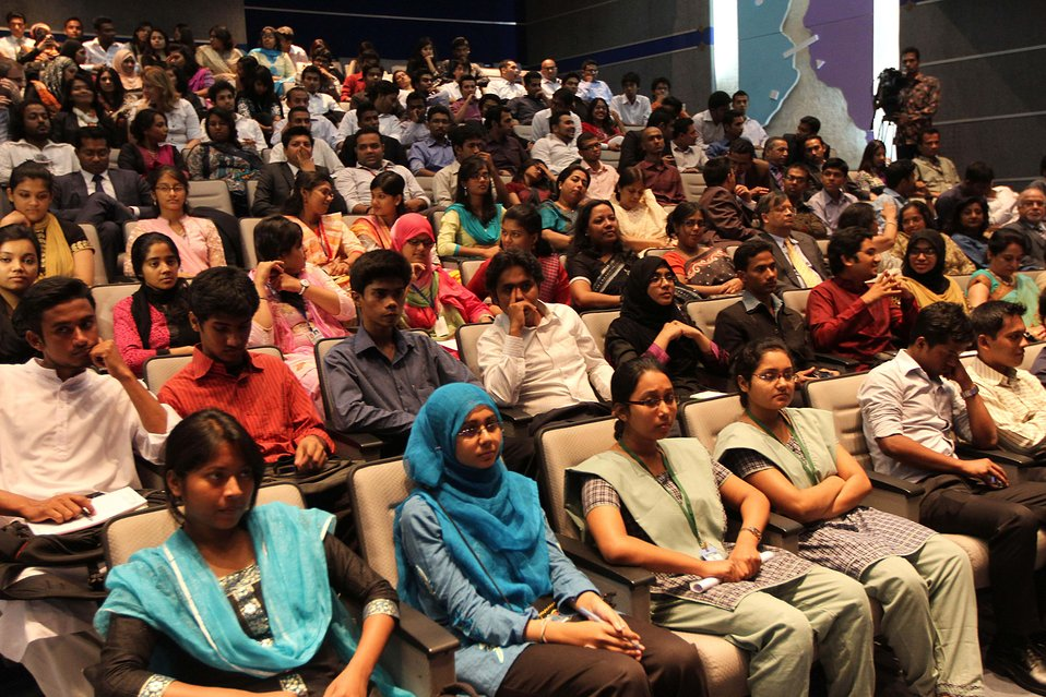 Bangladeshi Youth Participate in a Townterview With Secretary Clinton