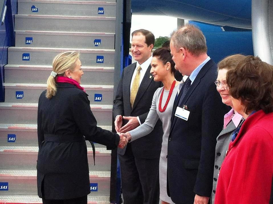 Ambassador Brzezinski and His Wife Bid Farewell to Secretary Clinton