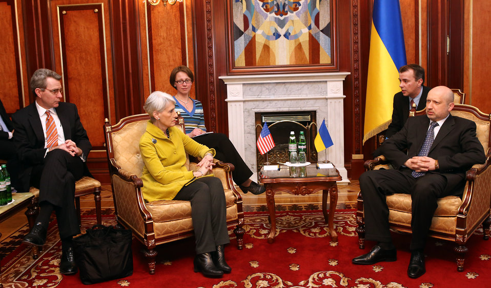 Under Secretary Sherman Meets With Acting Ukrainian President Turchynov