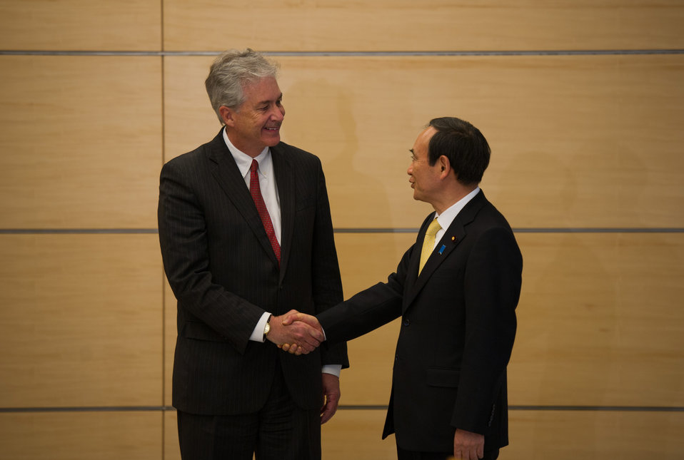 Deputy Secretary Burns Meets Japan's Chief Cabinet Secretary Suga