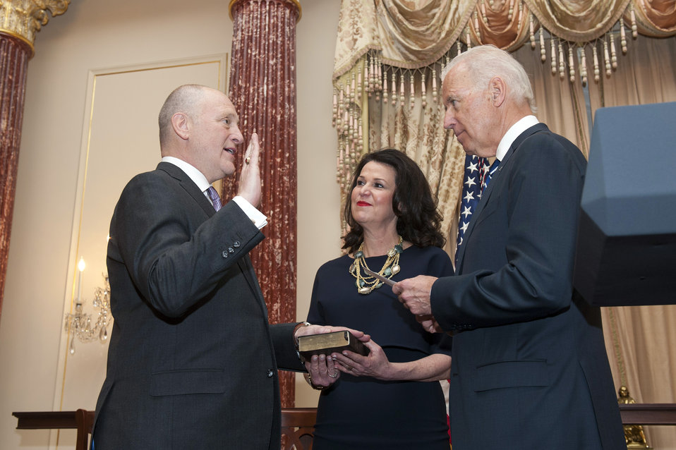 Vice President Biden Swears in Bruce Heyman as the U.S. Ambassador to Canada