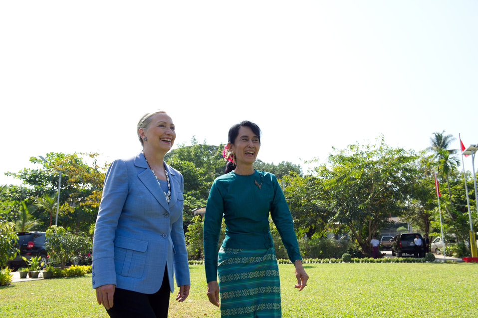 Secretary Clinton Meets With Daw Aung San Suu Kyi