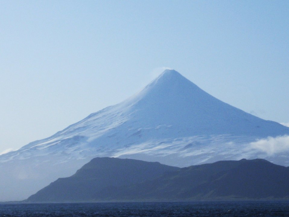 Shishaldin Volcano, the highest volcano in the Aleutian Islands. In the center of Unimak Island.