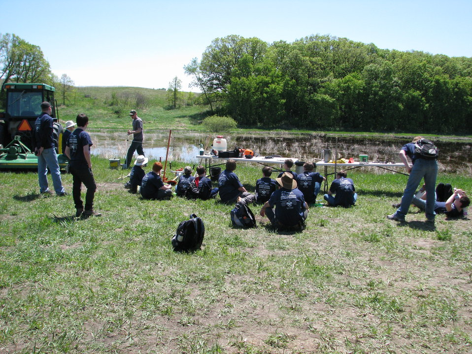 Troops Learn about Invasive Species