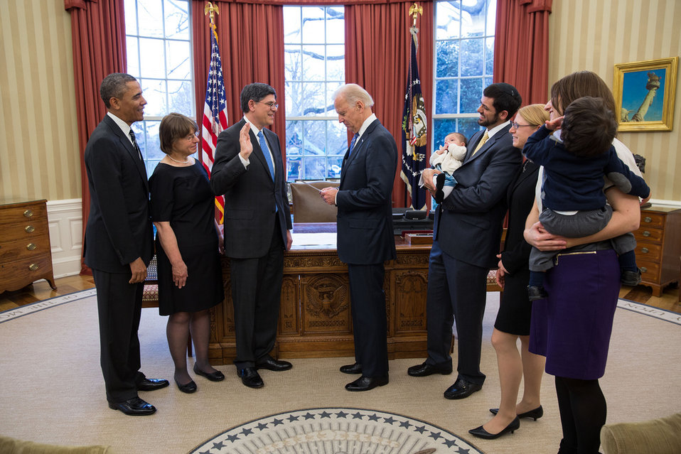Treasury Secretary Jack Lew officially sworn in to office