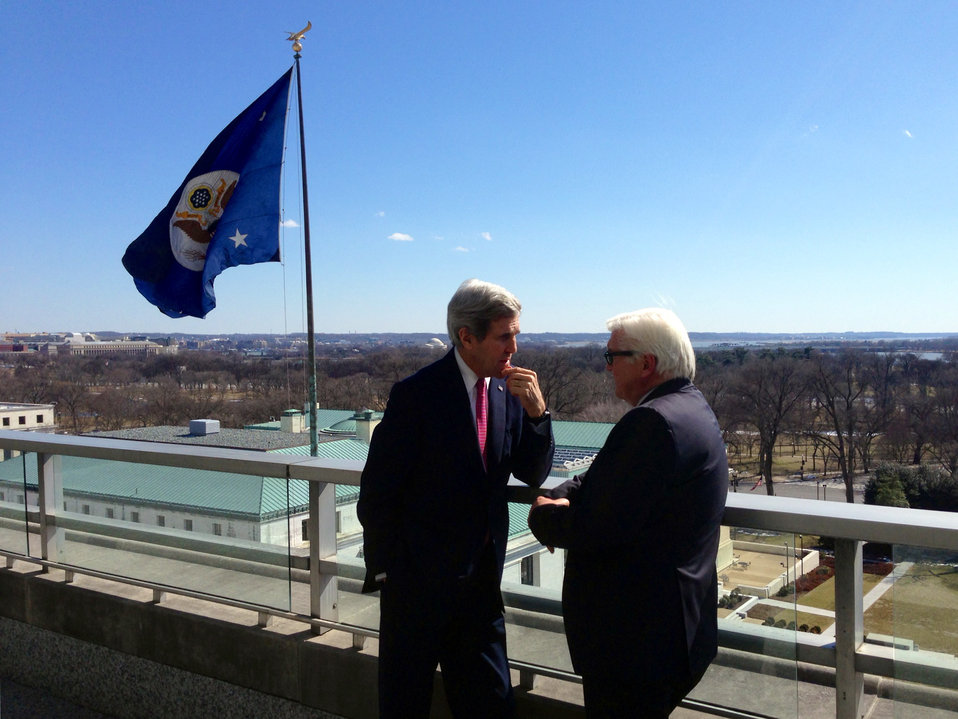 Secretary Kerry and German Foreign Minister Steinmeier Speak on the Terrace