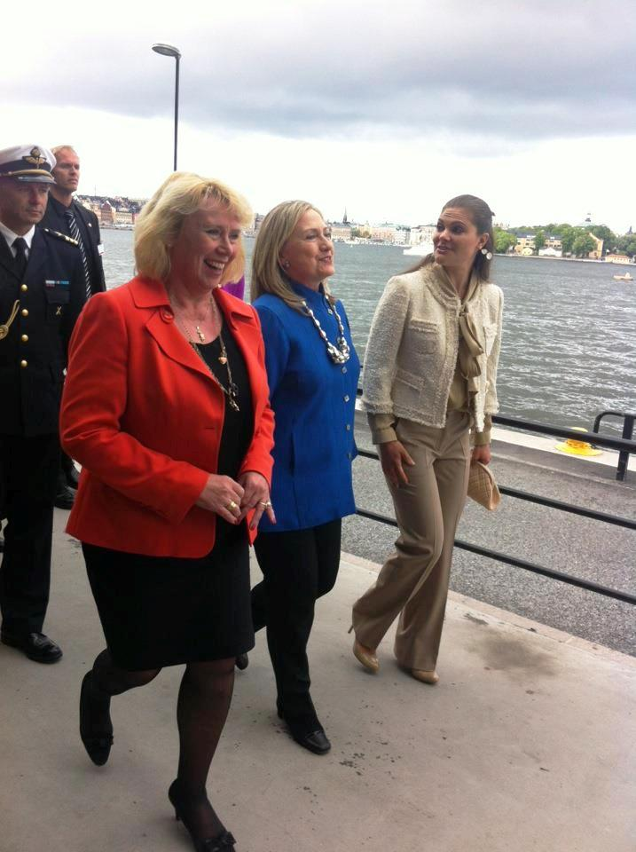 Secretary Clinton Meets With Swedish Crown Princess Victoria and Swedish Environment Minister Lena Ek