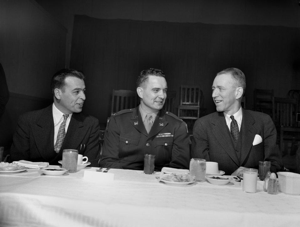 Republican meeting Oak Ridge 1947