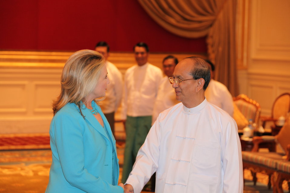 Secretary Clinton Meets With Burmese President U Thein Sein